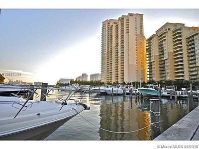 Aventura Marina, Aventura Marina Condo, Aventura Marina Condo Num, Aventura Marina I Condo Condo For Sale: 3330 NE 190th St #TH13