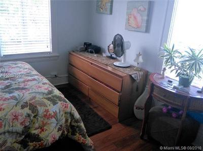 Coral Gables Condo For Sale: 126 Mendoza Ave #1