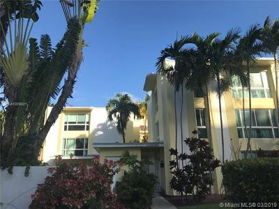 Bay Harbor Islands Condo For Sale: 9971 W Bay Harbor Dr #105