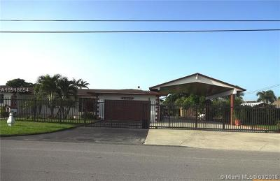 Miami Single Family Home For Sale: 12800 SW 192nd St