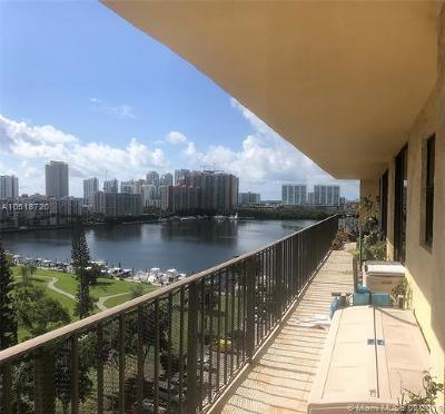 Sunny Isles Beach Condo For Sale: 290 174th St #1110