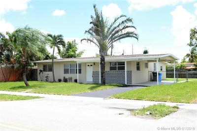 Oakland Park Single Family Home For Sale: 1060 W Prospect Rd.