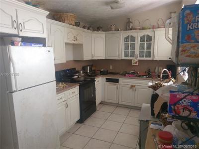 North Miami Beach Single Family Home For Sale: 550 NE 175th St