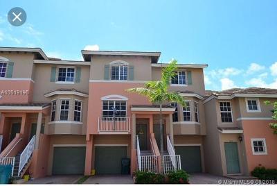 Palm Beach County Condo For Sale: 1948 NE 5th St