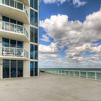 Miami Beach Condo For Sale: 6515 Collins Ave #603