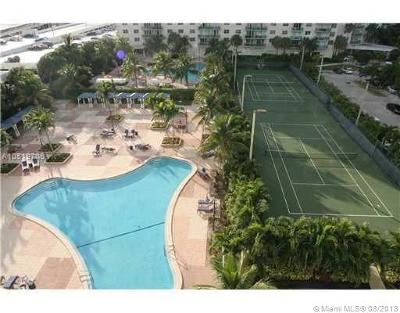 Sunny Isles Beach Condo For Sale: 19370 Collins Ave #321