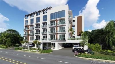 Hollywood Condo For Sale: 1005 E Dania Beach Blvd #1-18