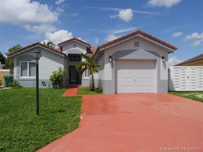 Miami Gardens Single Family Home For Sale: 5324 NW 187th St