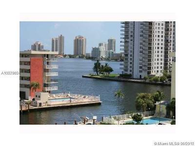 North Miami Beach Condo For Sale: 3948 NE 169th St #605