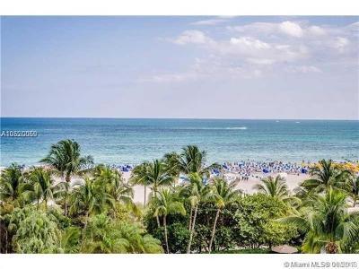 Miami Beach Condo For Sale: 1623 Collins Ave #320