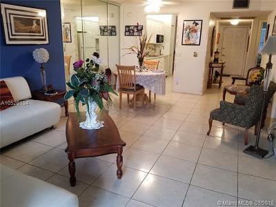 Pembroke Pines Condo For Sale: 650 SW 124 Terrace #305P