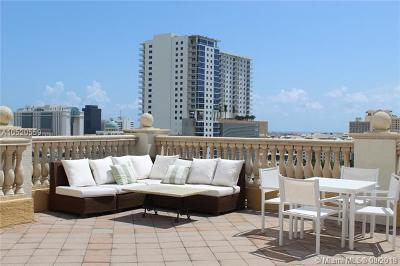 West Palm Beach Condo For Sale: 403 S Sapodilla Ave #811