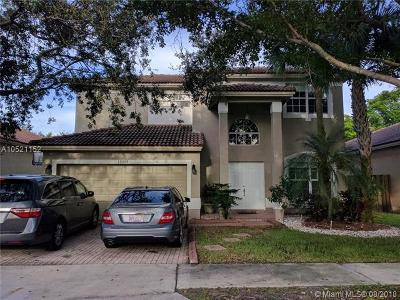 Broward County Single Family Home For Sale: 16308 Sapphire Dr