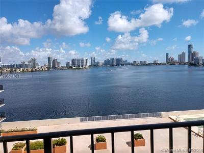 Sunny Isles Beach Condo For Sale: 301 174th St #715