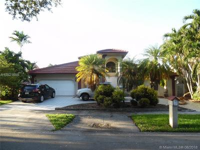 Miami Lakes Single Family Home For Sale: 8271 NW 167th Ter