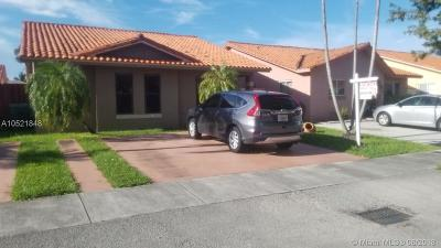 Hialeah Gardens Single Family Home For Sale: 10351 NW 128th Ter