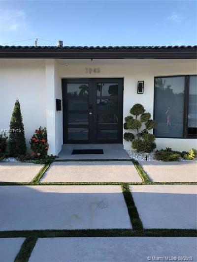 Miami Single Family Home For Sale: 1945 NE 208th Ter