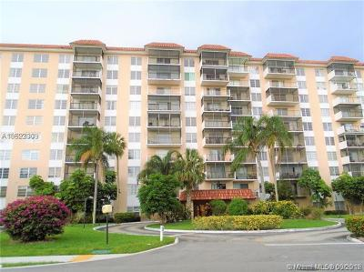 Lauderhill FL Condo For Sale: $83,000