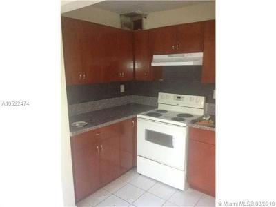 Broward County Condo For Sale: 3265 Griffin Rd #204