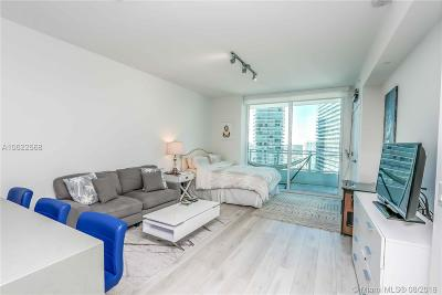 Miami-Dade County Condo For Sale: 1080 Brickell Ave #2305