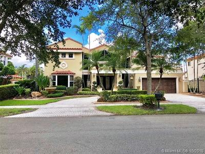 Miami Lakes Single Family Home For Sale: 16338 NW 86th Ct
