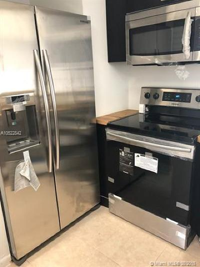 Oakland Park Condo For Sale: 3409 NW 44 Th St #105
