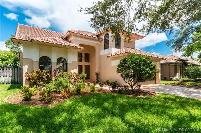 Cooper City Single Family Home For Sale: 2573 Baccarat Dr