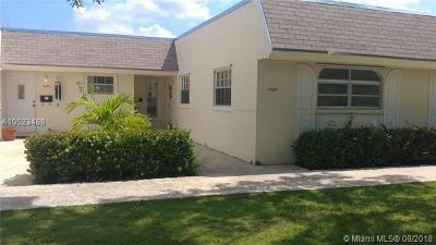 Miami FL Condo For Sale: $180,000
