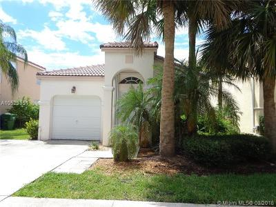 Pembroke Pines Single Family Home For Sale: 604 NW 159th Ave