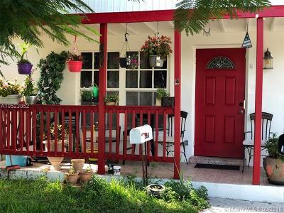 Oakland Park Single Family Home For Sale: 360 NE 51st St