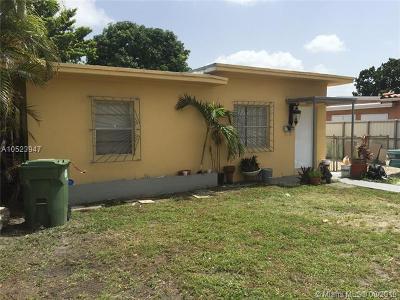 Hialeah Single Family Home For Sale: 568 E 49th St