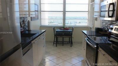 Aventura Condo For Sale: 18081 Biscayne Blvd #1401-4