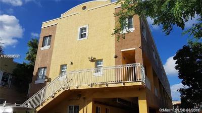 Miami-Dade County Condo For Sale: 1421 SW 3rd St #205