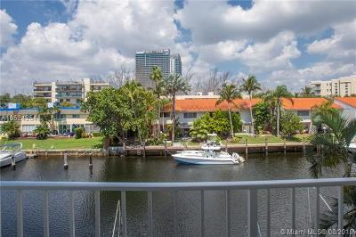 North Miami Beach Condo For Sale: 16565 NE 26th Ave #3F