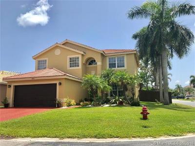 Boca Raton Single Family Home For Sale: 18046 Samba Ln