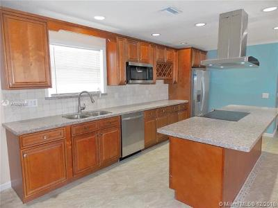 Lake Worth Single Family Home For Sale: 3169 Hypoluxo Rd