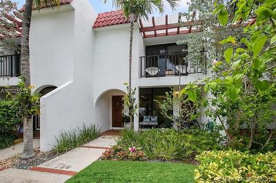 Key Biscayne Condo For Sale: 450 Grapetree Dr #302