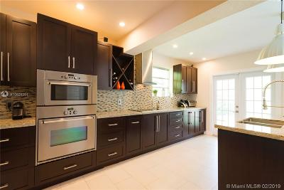 Miami Single Family Home For Sale: 4915 SW 92nd Ave