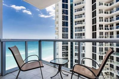 Sunny Isles Beach Condo For Sale: 18683 Collins Ave #1105