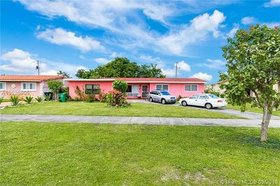 Miami-Dade County Single Family Home For Sale: 831 NW 173rd Ter