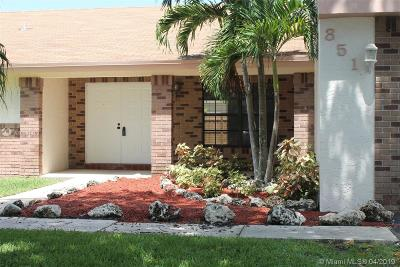 Davie Single Family Home For Sale: 851 Greenbriar Ave