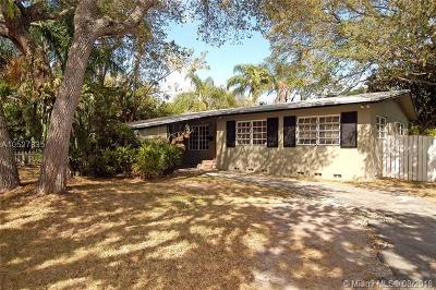 South Miami Single Family Home Active With Contract: 6831 SW 76th Ter