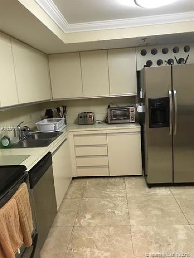 Hollywood Condo For Sale: 1201 S Ocean Dr #507N