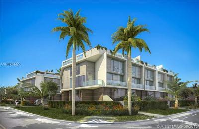 Bay Harbor Islands Condo For Sale: 9890 E Bay Harbor Dr #14