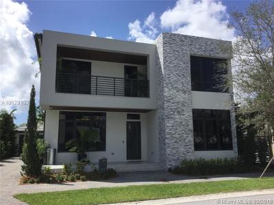 Doral Single Family Home For Sale: 8186 NW 48 Terrace