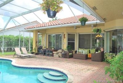 Plantation Single Family Home For Sale: 10961 NW 5th Ct