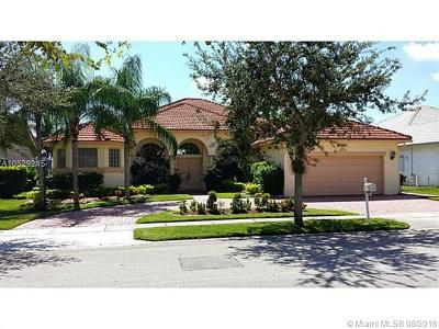 Pembroke Pines Single Family Home For Sale: 12962 NW 23 St