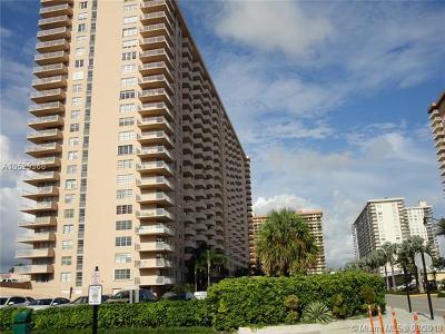 Sunny Isles Beach Condo For Sale: 250 174th St #1608