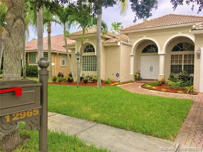 Pembroke Pines Single Family Home For Sale: 12965 NW 23rd St