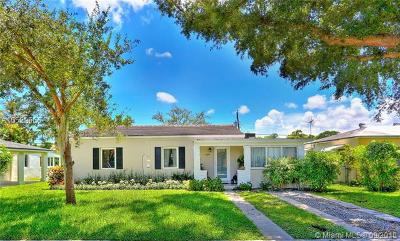 South Miami Single Family Home Active With Contract: 6374 SW 41 St